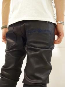 Black Indigoポケット